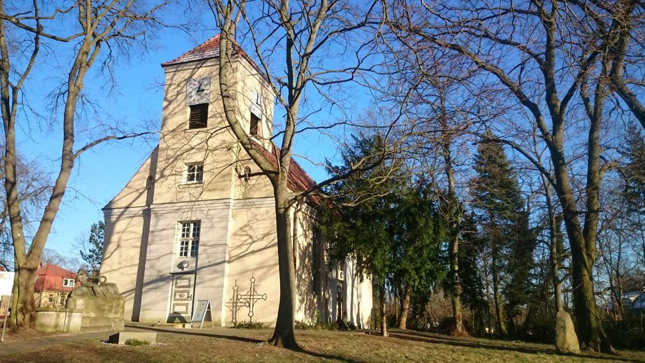 Schmöckwitzer Dorfkirche im Ortskern