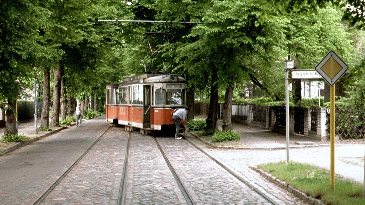 Uferbahn Verstärkerfahrt der Linie 86e im Mai 1990