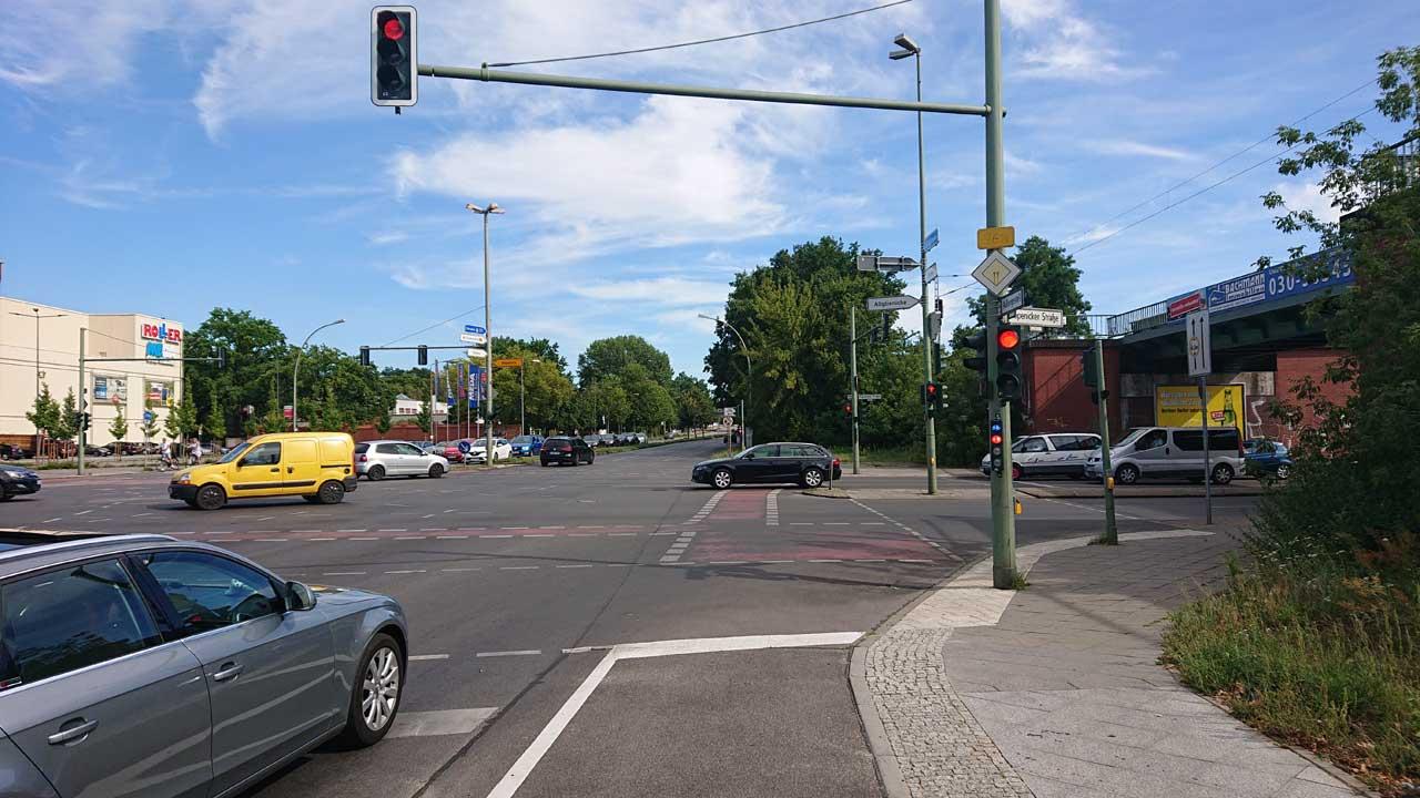 Kreuzung Adlergestell Ecke Köpenicker Straße