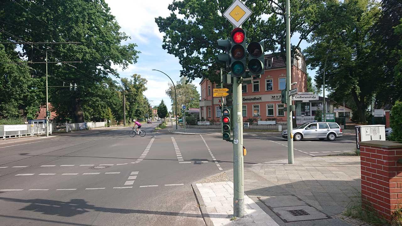 Radweg Kreuzung Adergestell Ecke Godbersenstraße