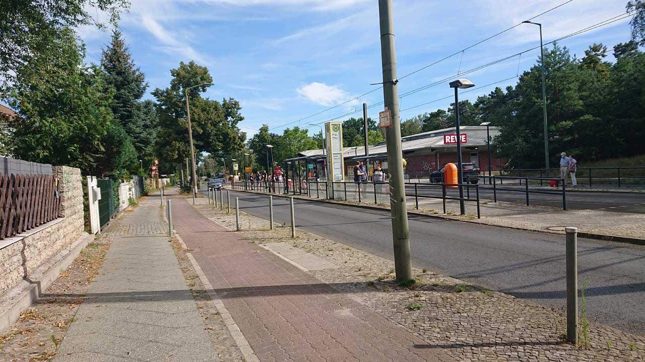 Ortseinfahrt nach Schmöckwitz - Radwegführung fehlt gänzlich