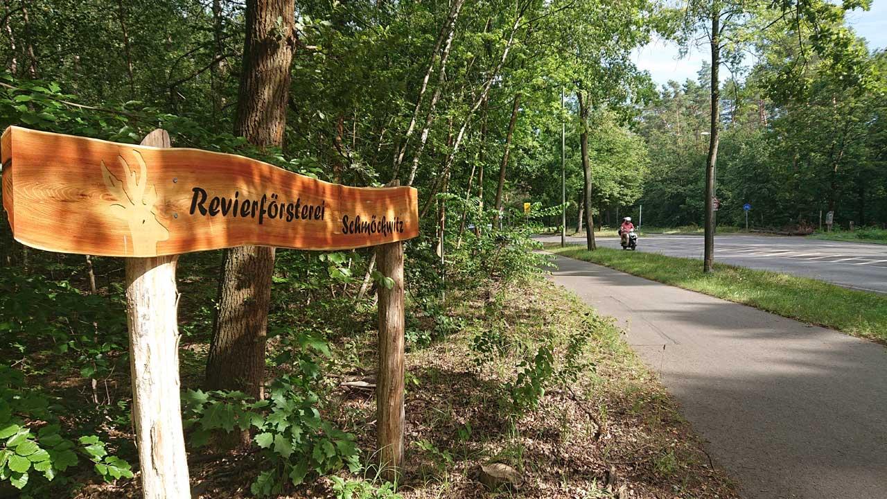 Radweg vorbei an der Revierförsterei Schmöckwitz