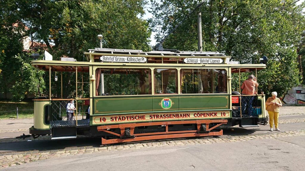 Historische Strassenbahnen in Alt-Schmöckwitz
